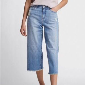 Uniqlo High Waisted Wide Straight Crop Jeans 10